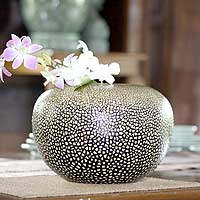 Eggshell mosaic vase, 'Rock Eggs' - Unique Lacquerware Mango Wood Vase