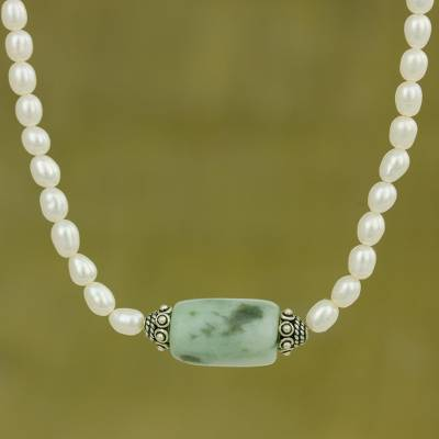 Pearl and jade pendant necklace, 'Touch of Life' - Handcrafted Pearl and Jade Necklace