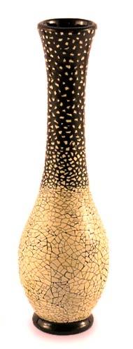 Eggshell mosaic vase