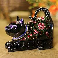 Lacquered box, 'Kitty Cat Happiness' - Unique Lacquerware Mango Wood Trinket Box