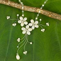 Pearl necklace, 'Bouquet of Pearls' - Handcrafted Floral Pearl Necklace